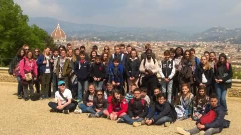 Le groupe à Florence Voyage en Italie collège Delfeuille Nogent le Rotrou